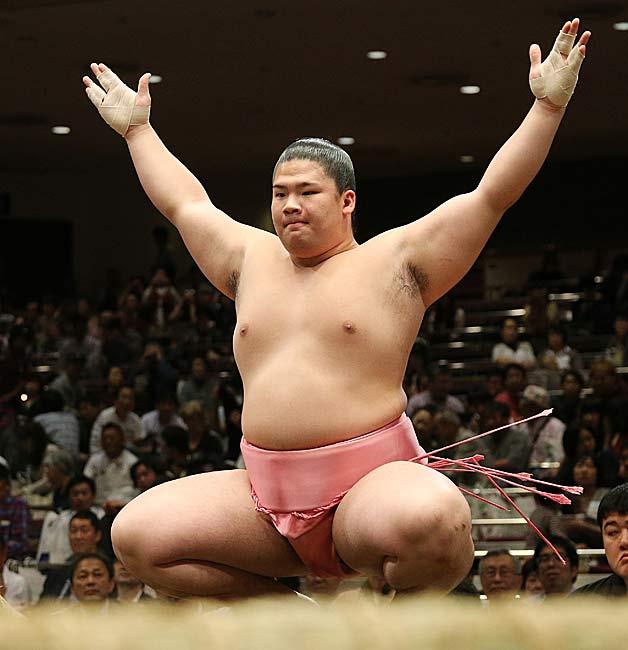 大相撲の宇良関の彼女や結婚!怪我の状況やwikiプロフィール
